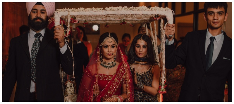 Mudit & Aakanksha Delhi : Meet Aakanksha, a bride whose off-shoulder red blouse has taken over the internet!