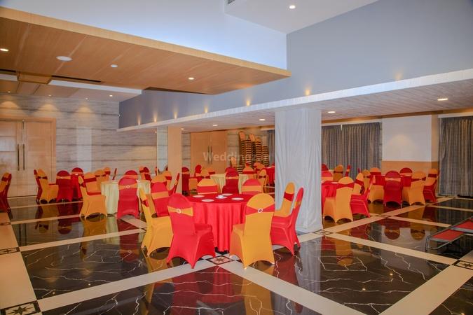 Hotel Gopalas Residency Bhiwandi Mumbai - Banquet Hall