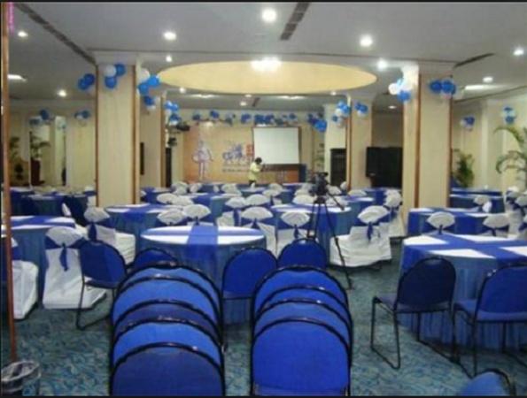 Resting Resort Khanapara Guwahati - Banquet Hall