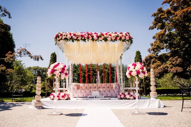 """Famous banquet halls in Raja Park for creating a """"Raja Rani Ki Kahaani""""!"""