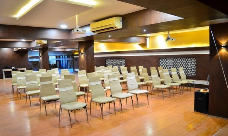 Hotel The Royal Inn Shobhagpura Udaipur - Banquet Hall