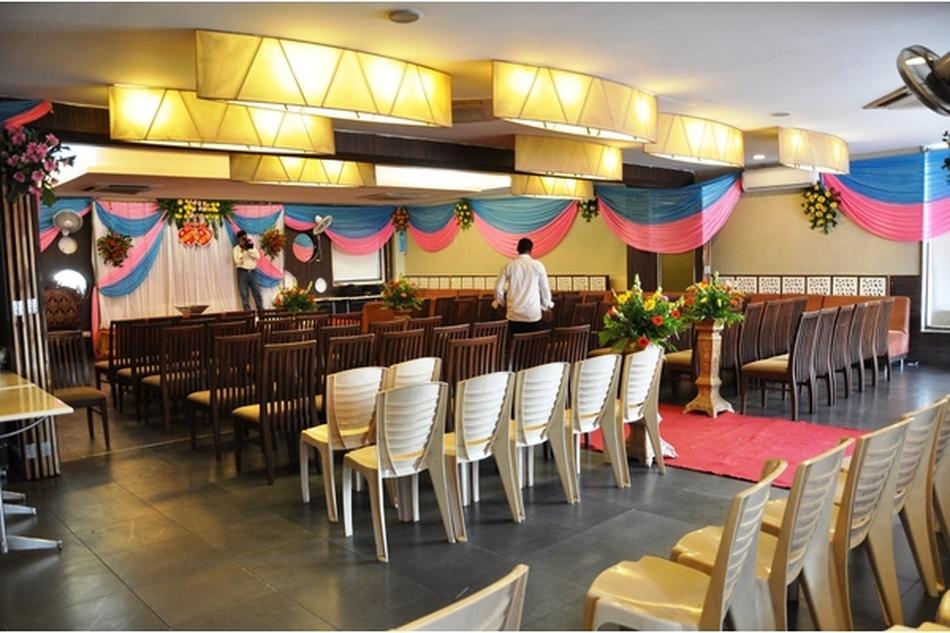 Zaika restaurant party hall bhayander west mumbai for Afghan cuisine banquet hall
