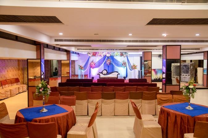 Hotel Abhay Palace Vaishali Ghaziabad - Banquet Hall