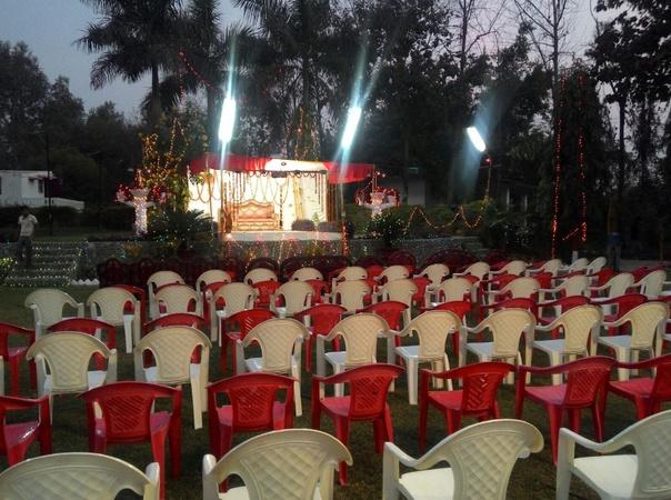 Farmfresh Club and Resort Mohanlalganj Lucknow - Banquet Hall