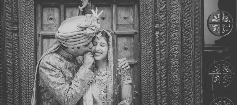 Hemant & Nimisha Chandigarh : Classically Quaint Temple Wedding Held at Karneshwar Mandir, Karnal.