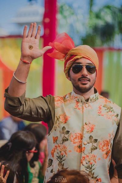 The groom gets henna'd !