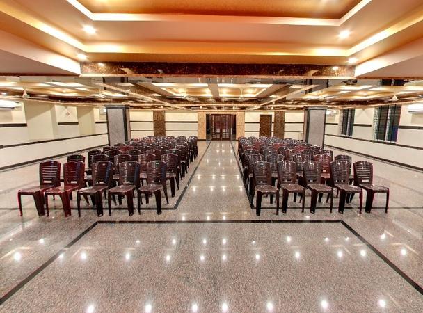 Hotel Raj Vista Suites And Conventions Jalahalli Bangalore - Banquet Hall