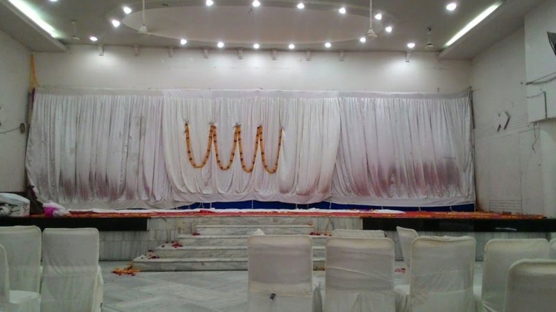 Shree Punjab Arod Vanshiya Samaj Trust South Tukoganj Indore - Banquet Hall