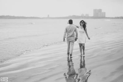 Beach pre wedding shoot by Siddharth Sharma Photography.
