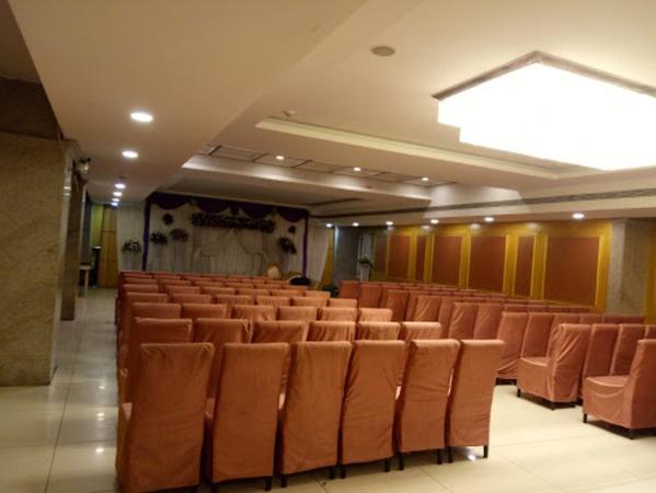 Hotel Devi Grand Moosapet Hyderabad - Banquet Hall