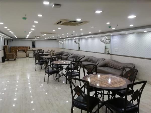 Collection O Golden Petal Geeta Colony Delhi - Banquet Hall