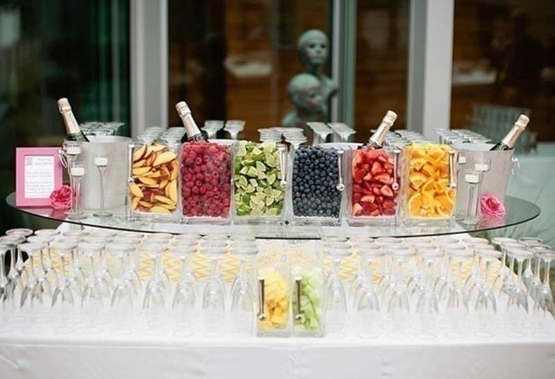 Wedding food bar idea: FRUIT STATION (for the health conscious!)