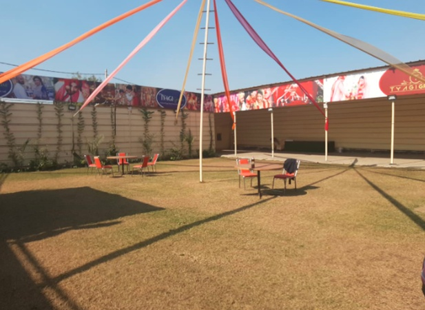 Tyagi Greens Bhalswa Delhi - Wedding Lawn