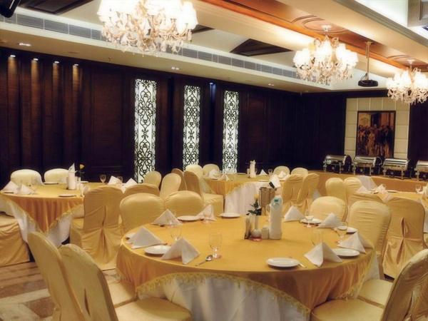 Amara Hotel Sector-43 Chandigarh - Banquet Hall