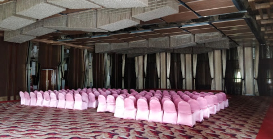 Hotel Babylon International VIP Road Raipur - Banquet Hall