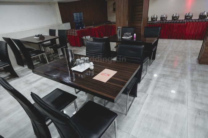 Hotel Ganpati Maharana Pratap Nagar Bhopal - Banquet Hall