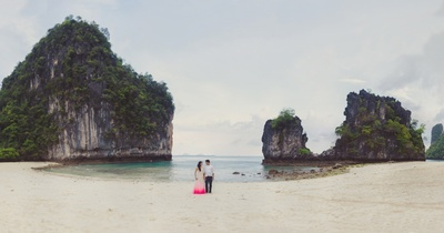 Surreal destination pre wedding photo shoot in Krabi, Thailand