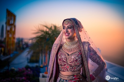 Bridal jewellery beautifully captured in a bridal portrait