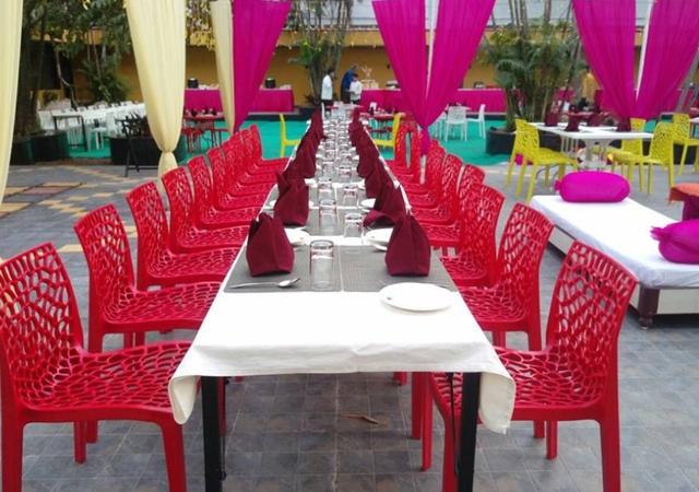 Hotel Oasis Varachha Surat - Banquet Hall