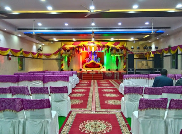 Maharaja Shri Agrasen Bhavan Kidwai Nagar Kanpur - Banquet Hall