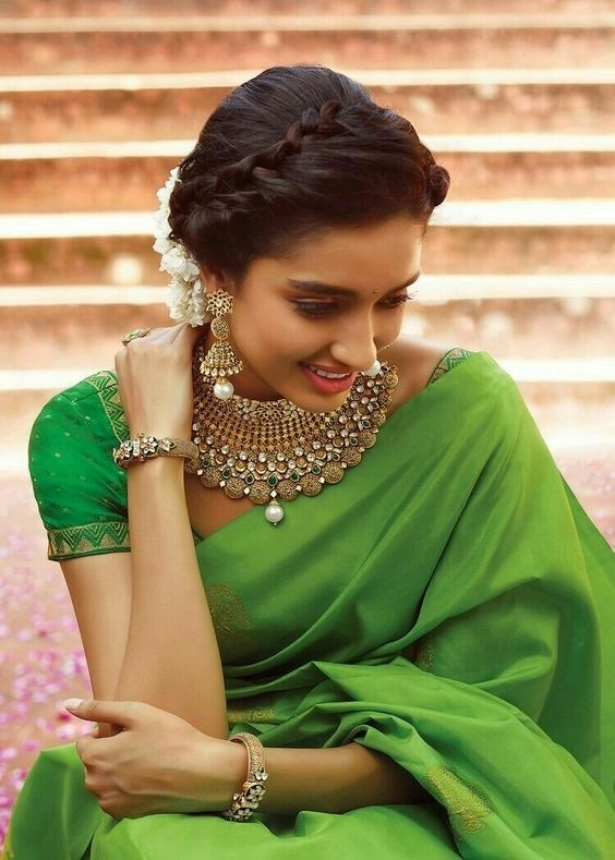 30 bridal gold necklace designs to check out before buying