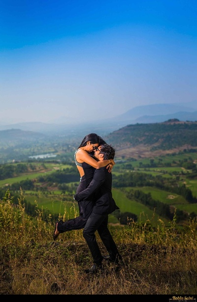 Romantic pre-wedding photoshoot at scenic locations