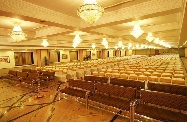 well lit ac banquet hall for indoor wedding functions
