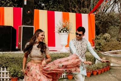 Pragya and Harsh danced their heart's out at the Mehendi ceremony!