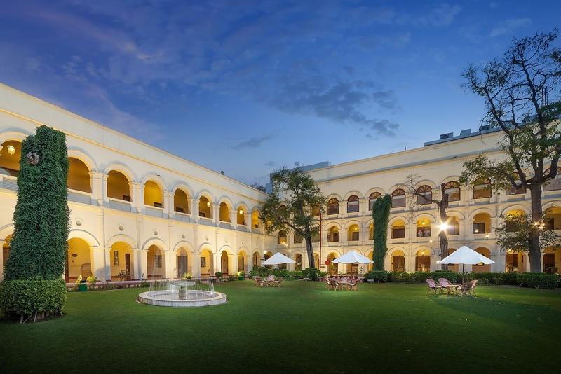 Ramada Plaza, Fatehabad Road, Agra