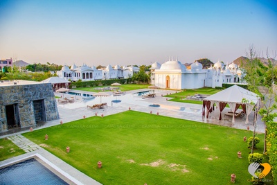 Lush green garden and royal architecture at the Hotel Fairmont, Jaipur