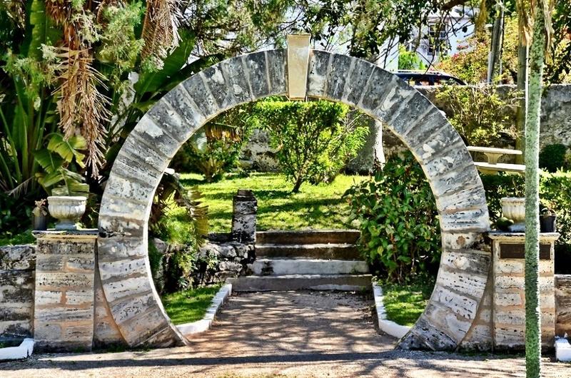 8.Bermuda, British Overseas Territory :