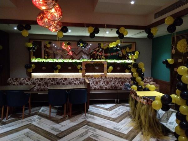 Veg Sizzle's Thane West Mumbai - Banquet Hall