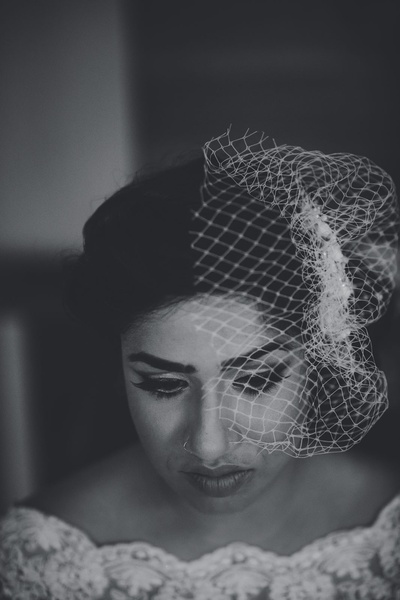 Bridal black and white photography.