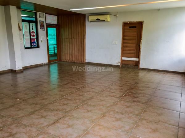 Hotel Janvi Palace Chiloda Gandhinagar - Banquet Hall