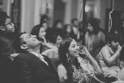 Candid couple photography by Photozaapki.
