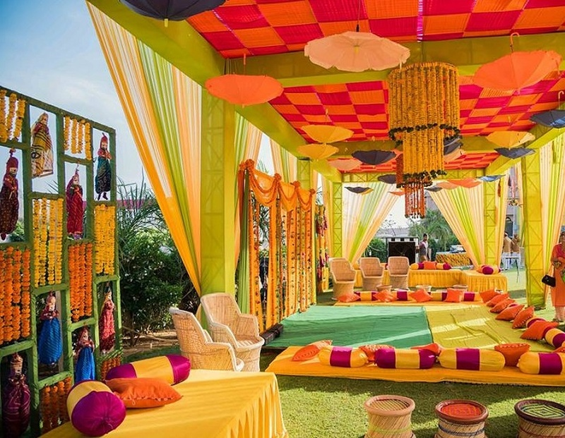 7 Mehndi Décor Ideas That Your Wedding Mehndi Function Is Incomplete Without! #MehndiDays #WeddingDecor