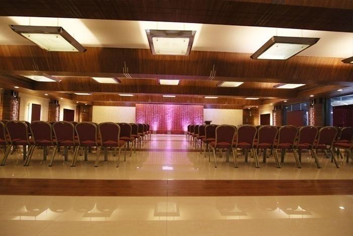 MVM banquets,Churchgate