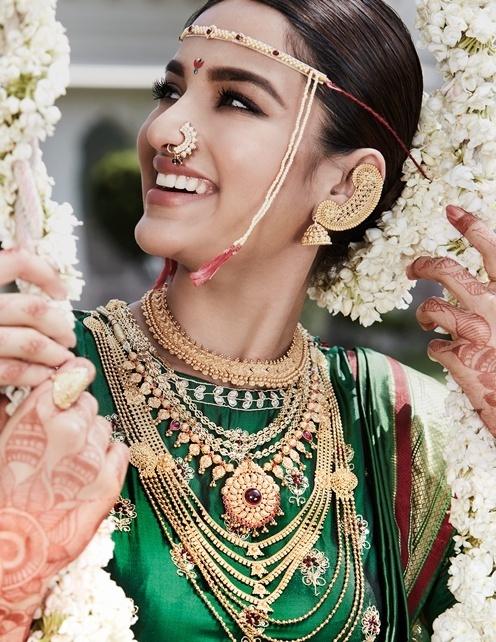 87f9f647ea4ae Maharashtrian Bridal Naths that are giving us major #BrideGoals! - Blog
