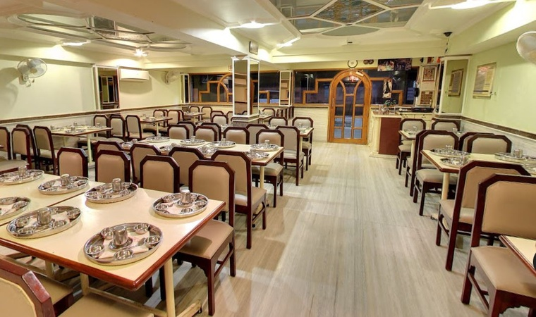 Vallabha Dining Hall Navrangpura Ahmedabad - Banquet Hall