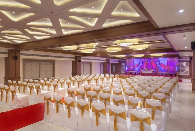 Krishna Palace Hotel Mira Road Mumbai - Banquet Hall