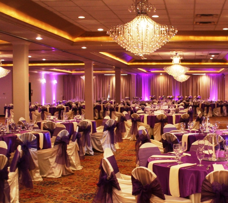 Top Wedding Halls in Bangalore for Chic Yet Traditional Wedding Day