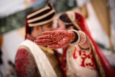 Wedding photography aptly captured by Studio Roopkala