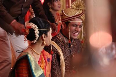 Bridal ambada adorned with juda pin and gajra