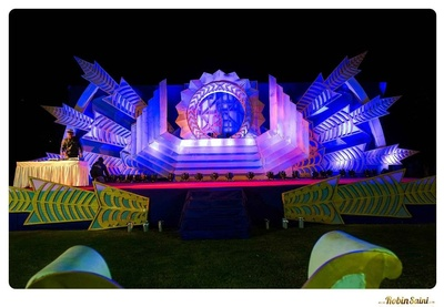 The dramatic stage setup for a Bollywood inspired sangeet ceremony