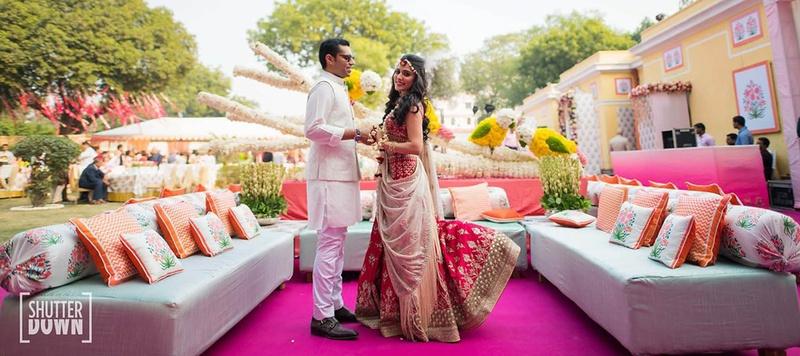 Akhil & Rishika Delhi : This Taj Palace Hotel wedding is giving us crazy decor goals for summer weddings!