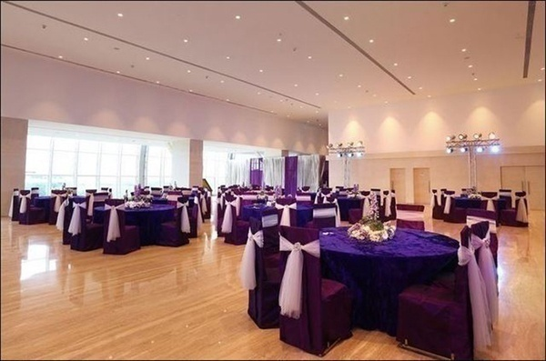 Well decorated wedding banquet hall with a large area for functions and ceremonies.
