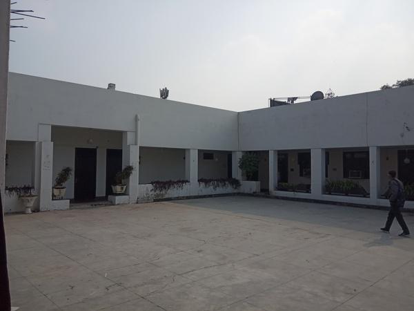 Hotel Gulmarg Aminabad Lucknow - Banquet Hall