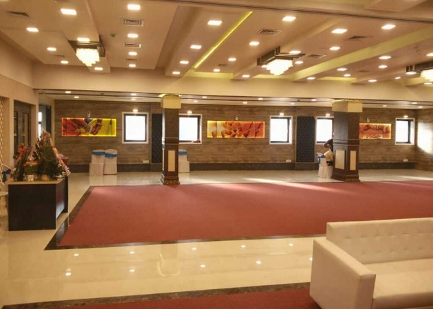 Anant Royal Banquet Kandivali West Mumbai - Banquet Hall
