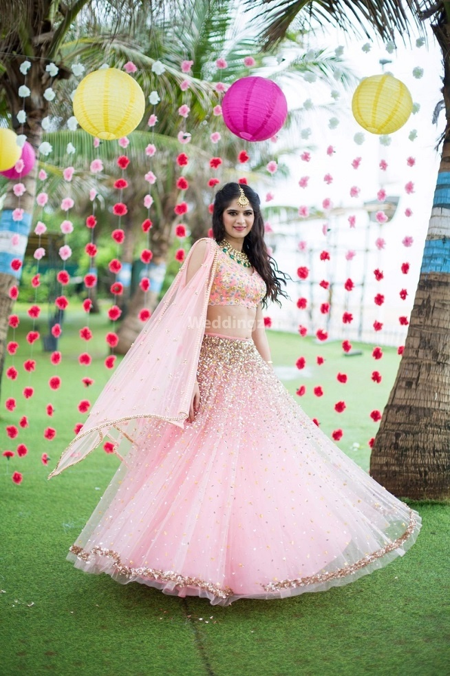 10 Pastel Pink Wedding Lehengas That The Coolest Indian