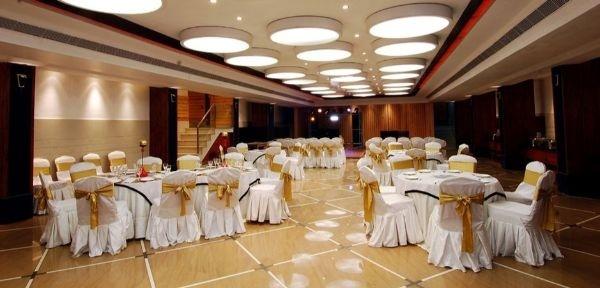 Hotel Kohinoor Palace And Banquets, Pakhowal Road, Ludhiana